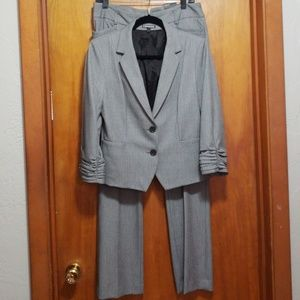 Express Womens Pantsuit/Pants and jacket included